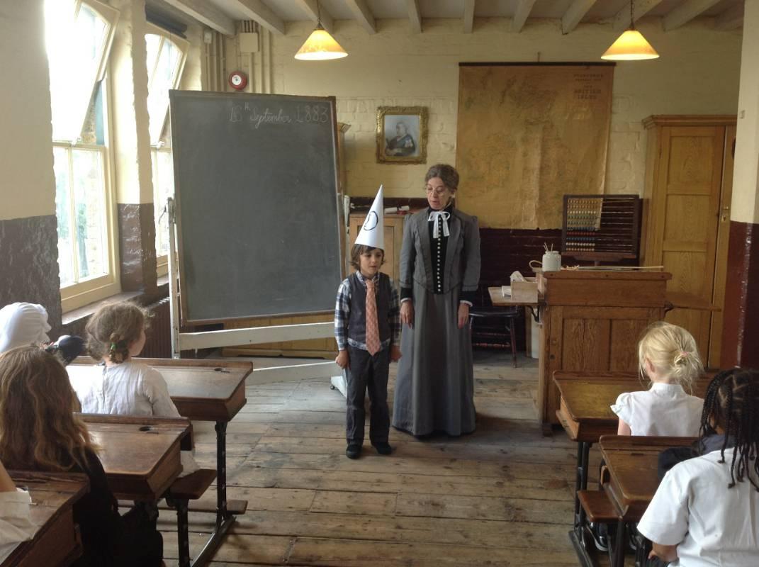 Ragged School Trip - Eleanor Palmer Primary School